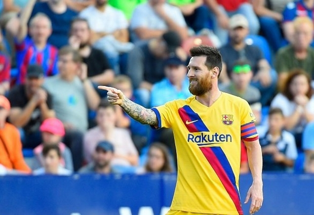 Levante 3 -1 Barcelona: Leaders stunned after second-half collapse