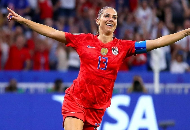 England 1 -2 United States: Morgan sends holders into final despite Rapinoe absence
