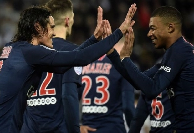 Amiens 0 -3 Paris Saint-Germain: Neymar-less leaders back to winning ways