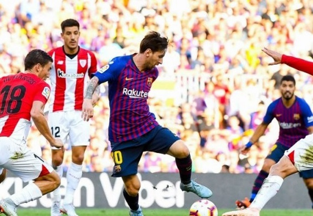 Barcelona 1 -1 Athletic Bilbao: Messi and Munir combine to prevent another defeat