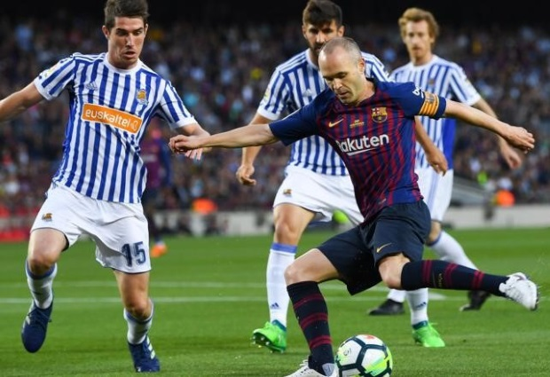 Barcelona 1 -0 Real Sociedad: Coutinho stunner lights up Iniesta's farewell