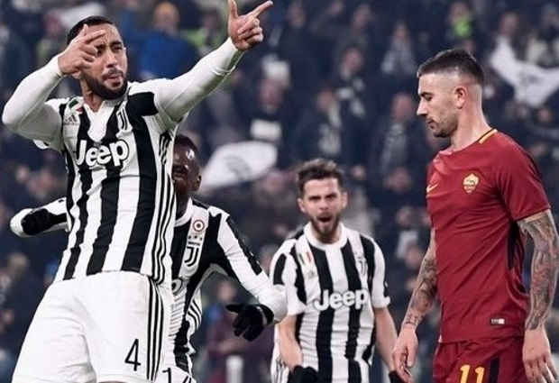 Juventus 1 -0 Roma: Medhi Benatia strike ensures reigning champions keep the pressure on Napoli