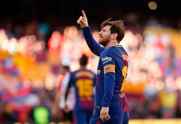 Barcelona 2 -0 Athletic Bilbao: Messi and Alcacer secure comfortable success