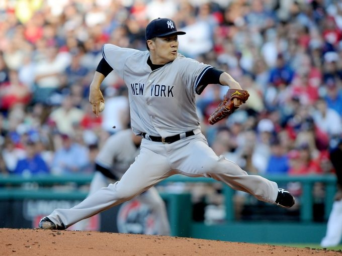 MLB: Brandon McCarthy flashes 'top-of-the-rotation stuff' in first Yankees win