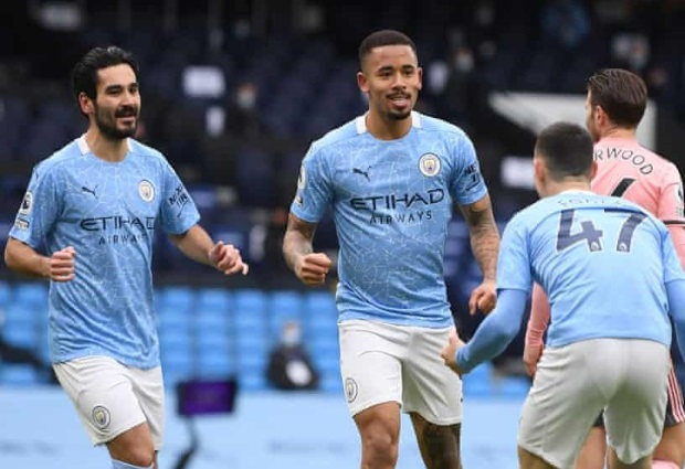 Gabriel Jesus sinks Sheffield United to keep Manchester City sitting pretty