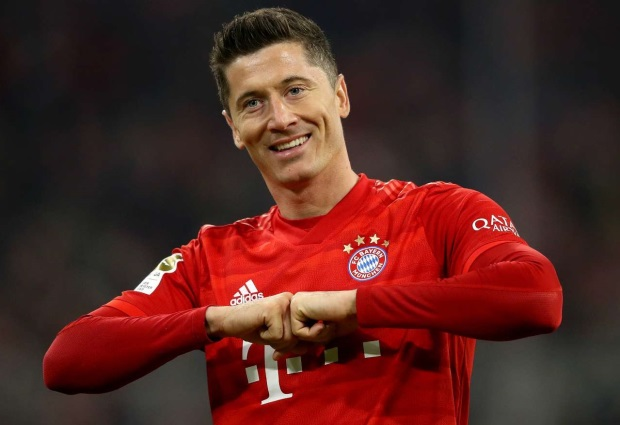Lewandowski reaches 40-goal mark for fifth straight season after injury return as Bayern Munich beat Union Berlin