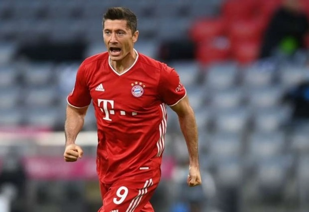 Bayern Munich 4-3 Hertha Berlin: Lewandowski scores four and rescues Flick's men at the death
