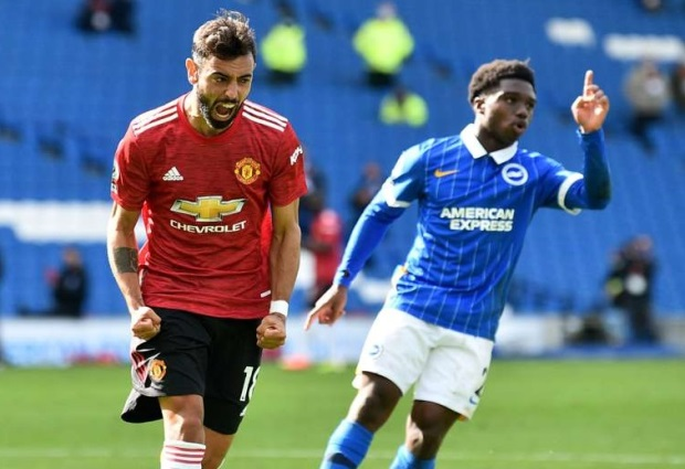 Brighton and Hove Albion 2-3 Manchester United: Fernandes penalty settles astonishing contest