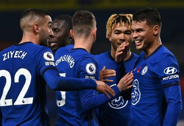 Chelsea 4-1 Sheffield United: Comeback sees Blues keep pace at top