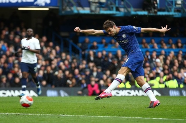 Chelsea 2 -1 Tottenham: Olivier Giroud & Marcos Alonso on target in first win in five