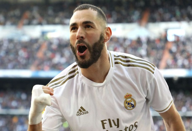 Real Madrid 1 -0 Atletico Madrid: Karim Benzema settles derby to send Los Blancos six points clear