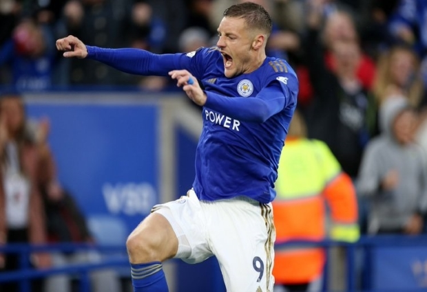 Leicester City 5 -0 Newcastle United: Vardy bags brace as Hayden sees red