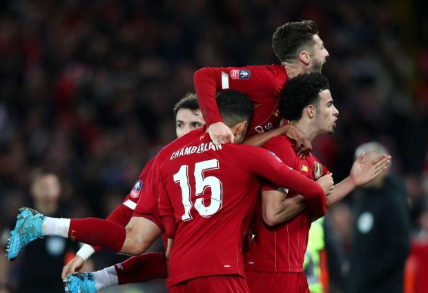 Liverpool 1 -0 Everton: Jones stunner sees young Reds past rivals