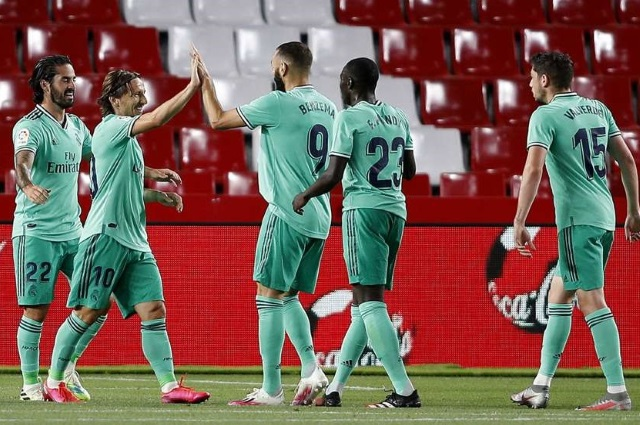 Granada 1-2 Real Madrid: LaLiga glory one game away for Zidane's men