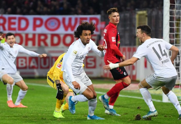 Freiburg 1 -3 Bayern Munich: Zirkzee and Gnabry leave it late to steal nervy win