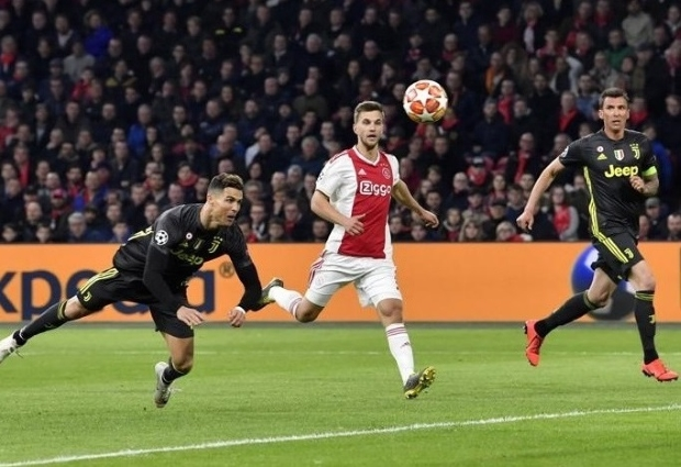 Ajax 1 -1 Juventus: Allegri's side hold on against dominant Dutch