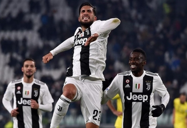 Juventus 3 -0 Chievo: Allegri's men cruise despite Ronaldo penalty save