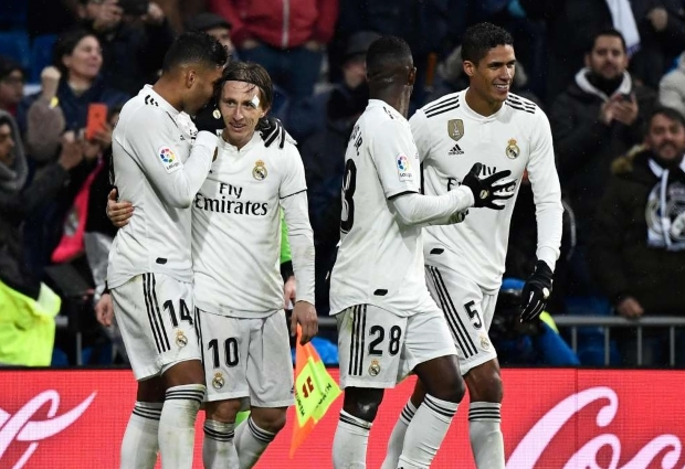 Real Madrid 2 -0 Sevilla: Solari's side take over third spot