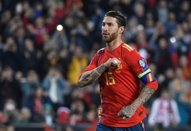 Spain 2 -1 Norway: Sergio Ramos penalty gets La Roja up and running