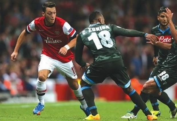 Arsenal 2 -0 Napoli: Gunners on track for Europa League semi-finals