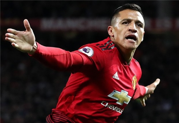 Manchester United 3 -2 Newcastle United: Sanchez completes stunning turnaround