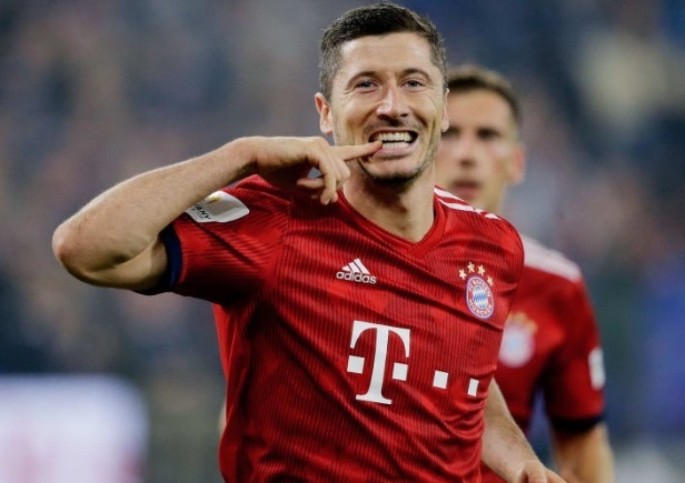 Schalke 0 -2  Bayern Munich : James and Lewandowski deliver another win