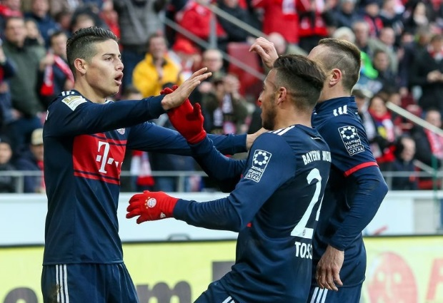 Augsburg 1 -4 Bayern Munich: Heynckes' side cruise to Bundesliga title
